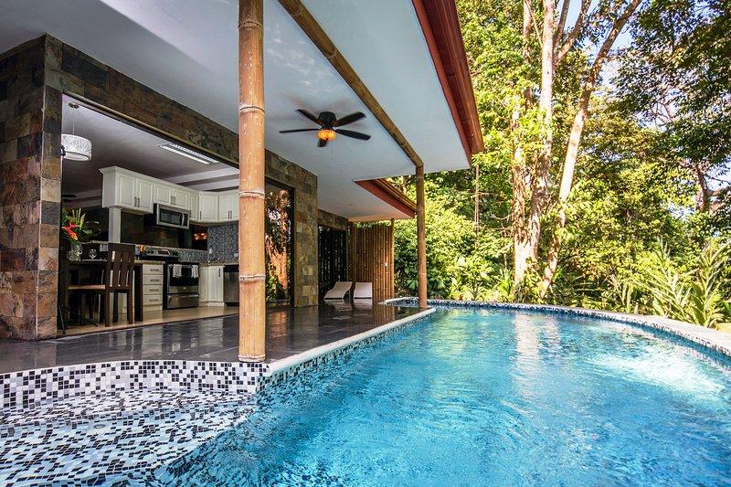 Rainforest Gem Casa Aracari - Image 1 - Manuel Antonio - rentals