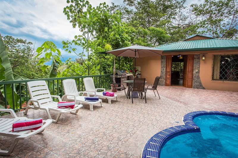 Deck and Pool w/ BBQ area - Charming Casa Macaw - Manuel Antonio - rentals