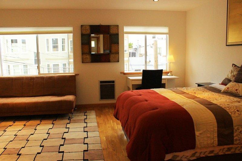 Furnished 3-Bedroom Apartment at Greenwich St & Mason St San Francisco - Image 1 - San Francisco - rentals