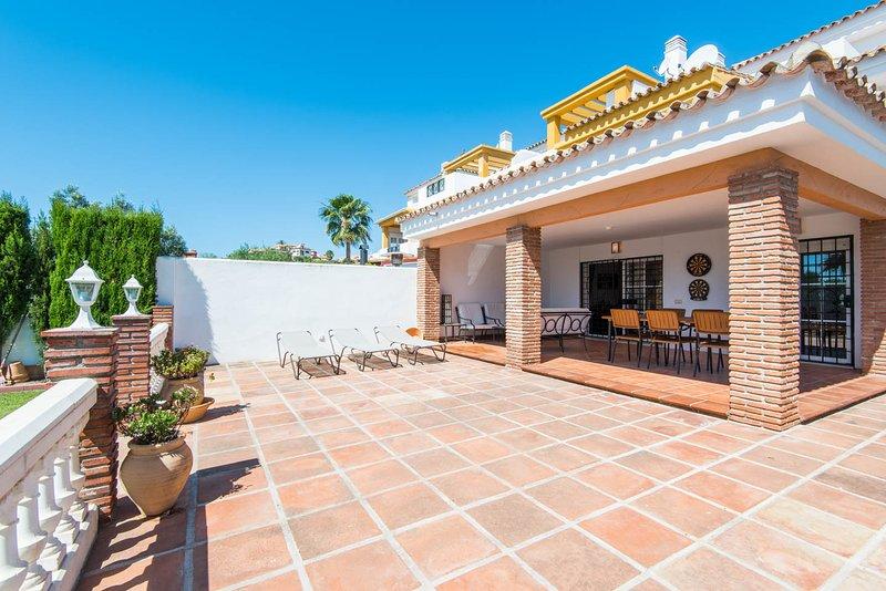 Spacious villa ideal for families & golf holidays - Image 1 - Benalmadena - rentals