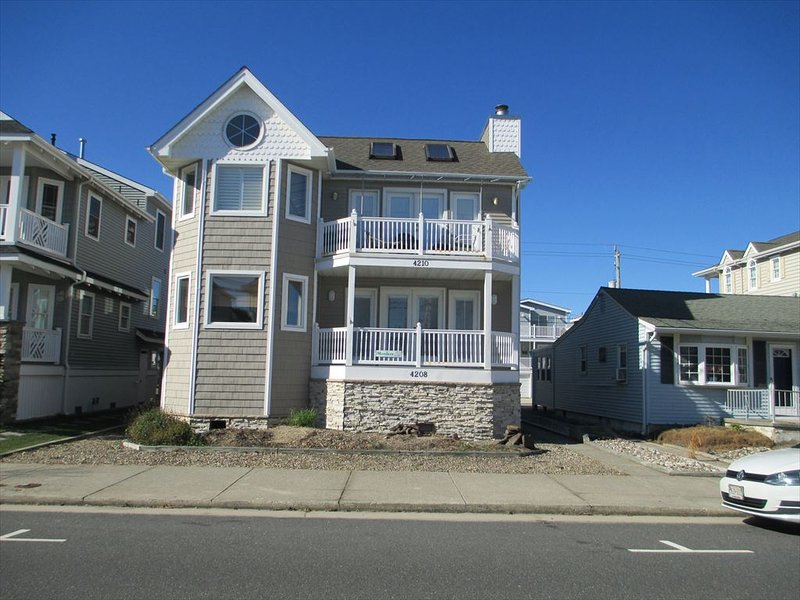 4210 Asbury Avenue 2nd 112371 - Image 1 - Ocean City - rentals
