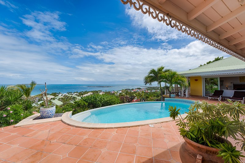 Coccinelle...a 4BR vacation rental in Orient Bay, St. Martin 800 480 8555 - COCCINELLE... 4 master suites perfect for couples, spectacular views of Orient Beach - Orient Bay - rentals