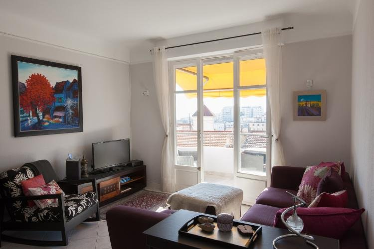 Imperator 1 Bedroom Cannes Apartment with a Terrace - Image 1 - Cannes - rentals