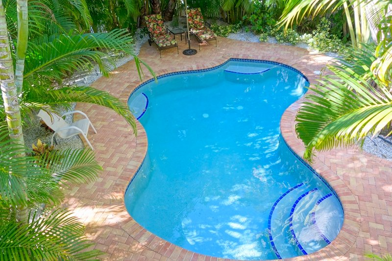 Pool 8 - ISLAND GIRL NORTH - Holmes Beach - rentals