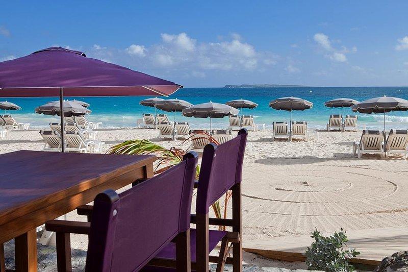 BIKINI Beach restaurant - My favorite place !  - DECEMBER DEAL - TOPAZI - Romantic Gateway - Orient Bay - rentals