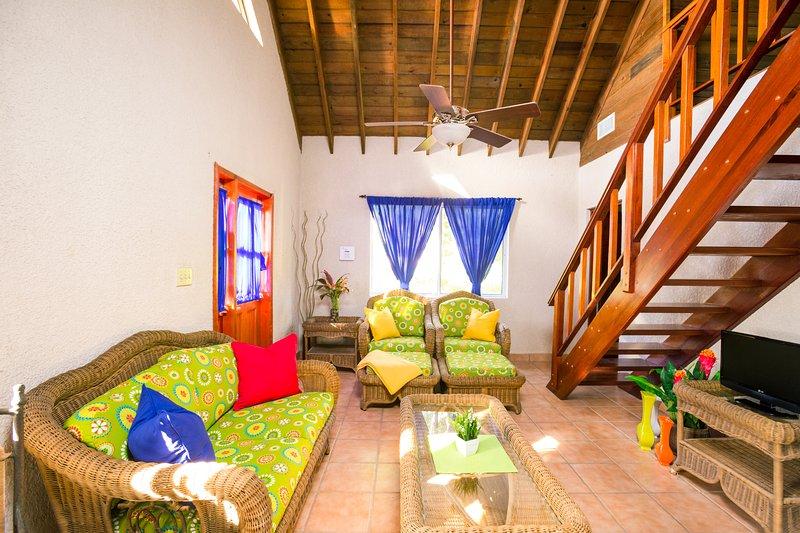 The living area - Casa de Rexanna upper - Roatan - rentals