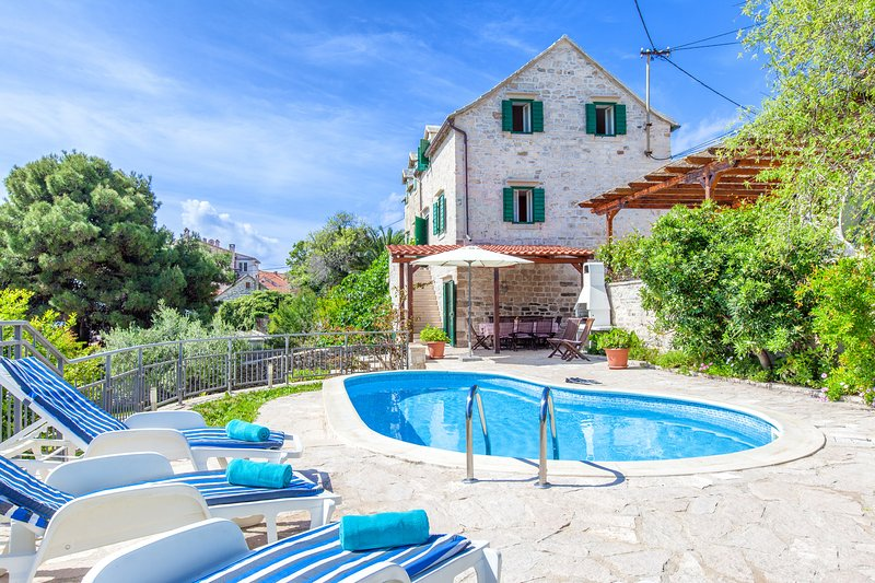 Exterior, Villa Bonaca, Sumartin, Brac Island - Traditional Dalmatian Villa Bonaca with Pool - Sumartin - rentals