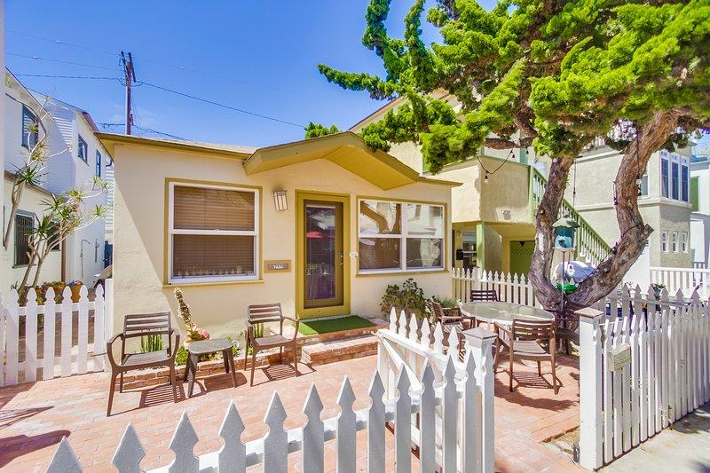 Fenced in outdoor patio - YARMOUTH742 - San Diego - rentals
