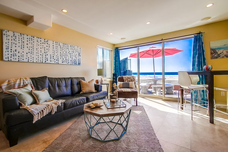 Living Room area with oceanview - JERSEY1 - Mission Beach - rentals
