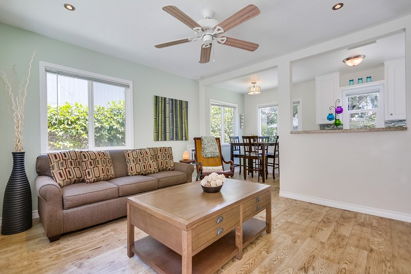 Living Room - EMERALD726 - Pacific Beach - rentals