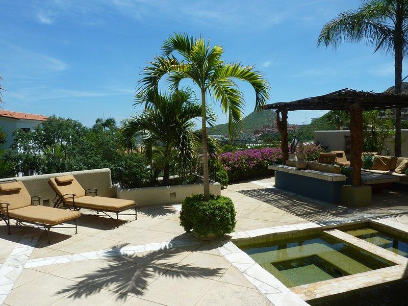 Villa Chavez - 4 Bedrooms - Image 1 - Cabo San Lucas - rentals