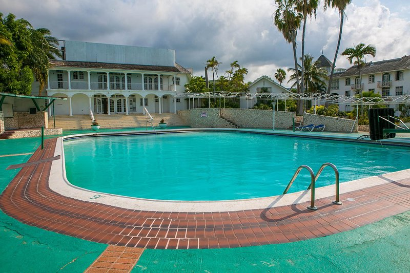 Free pool - Seacastles  Vacation Penthouse - Montego Bay - rentals
