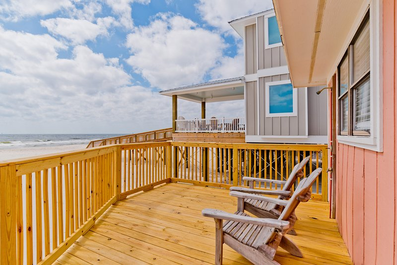 Enjoy Relaxing on the Beach Front Deck - Splish - Fort Morgan - rentals