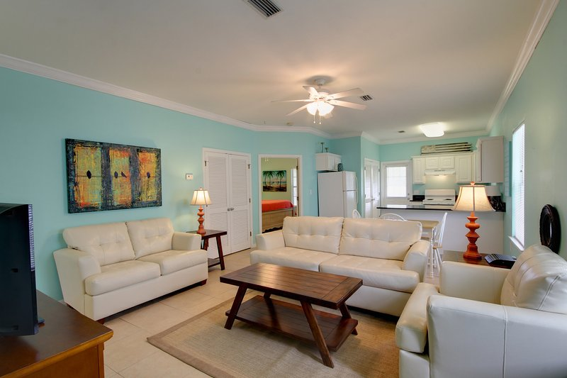 This charming villa is waiting for your arrival! - Watersedge B  (4324 B) - Orange Beach - rentals