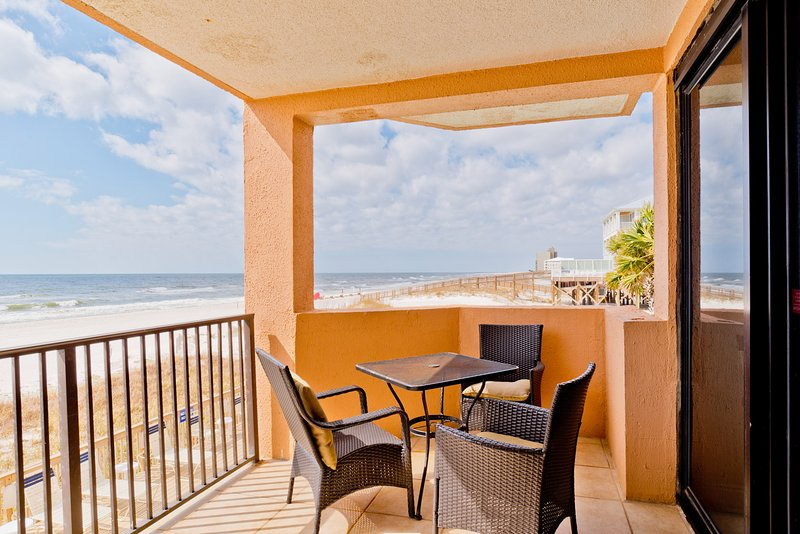 Relax While Taking in the Sounds of the Ocean. - Tafy Beach (Broadmoor #105) - Orange Beach - rentals