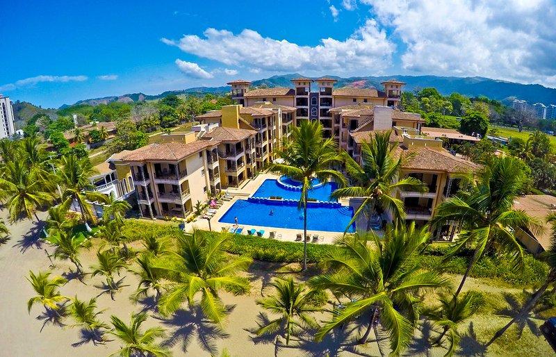Bahia Encantada 4H 4th Floor Ocean View - Image 1 - Jaco - rentals