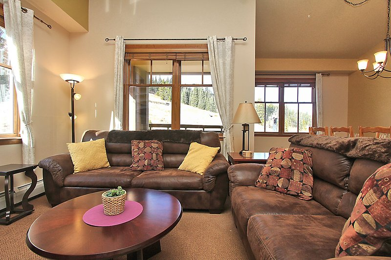 Large open layout with slope views - Zephyr Mountain Lodge 1703 - Winter Park - rentals