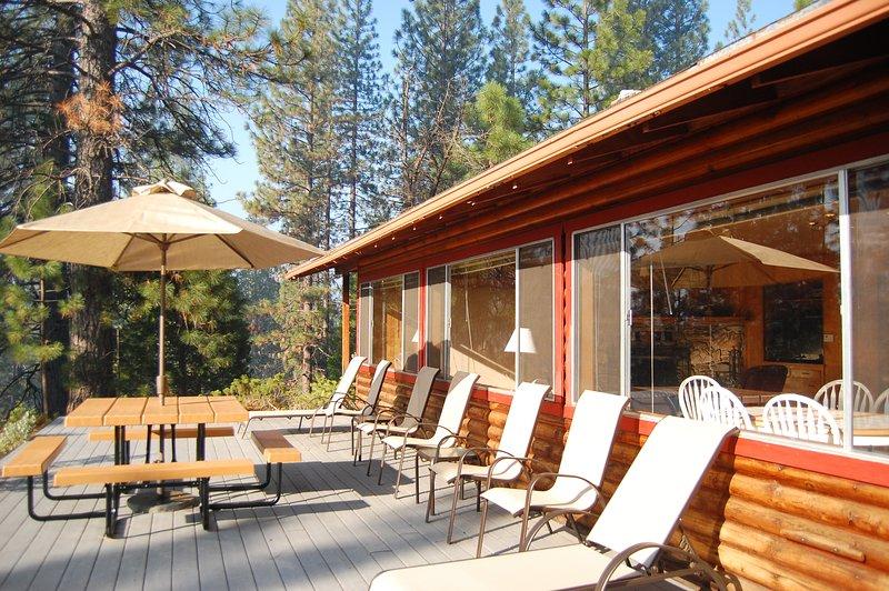 Private deck - (17A) Longview - Wawona - rentals