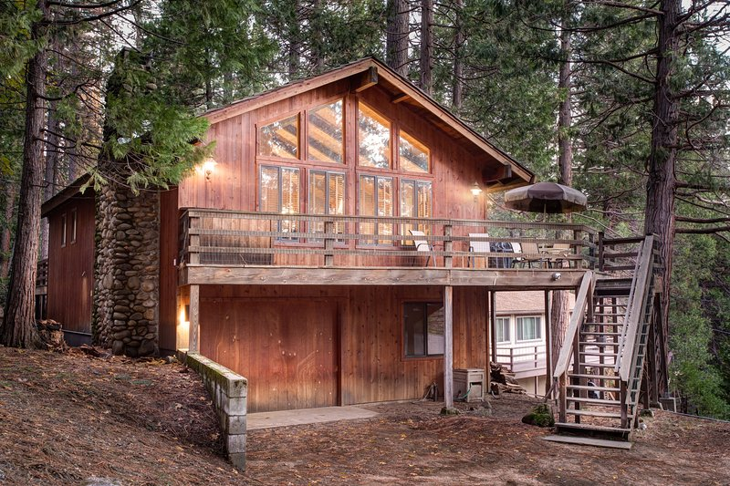 Tyler's Timber Lodge - (17B) Tyler's Timber Lodge - Wawona - rentals