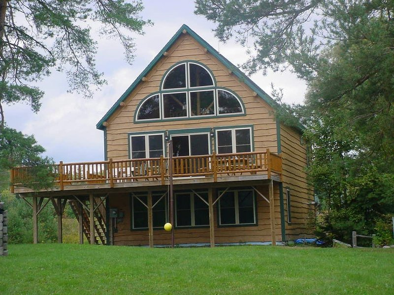 Front view - Russell Cove 18 Cape Escape - Rangeley - rentals
