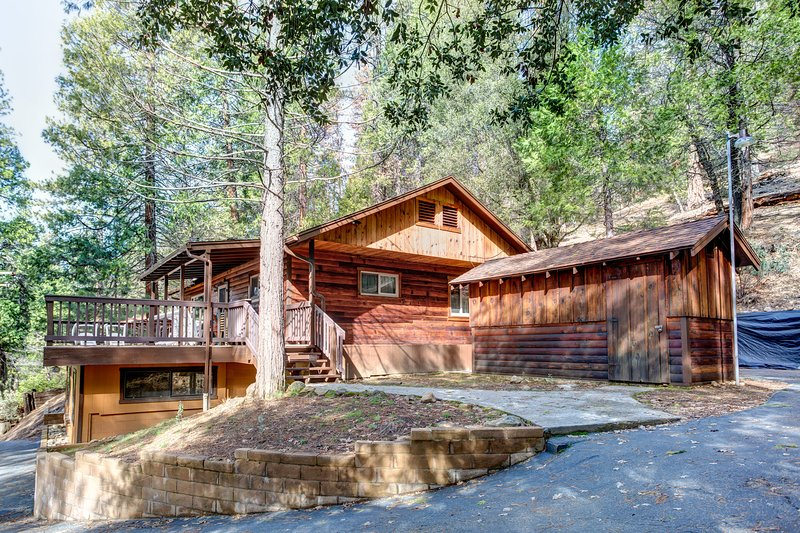 Bradley's Cabin - (22B) Bradley's Cabin - Wawona - rentals