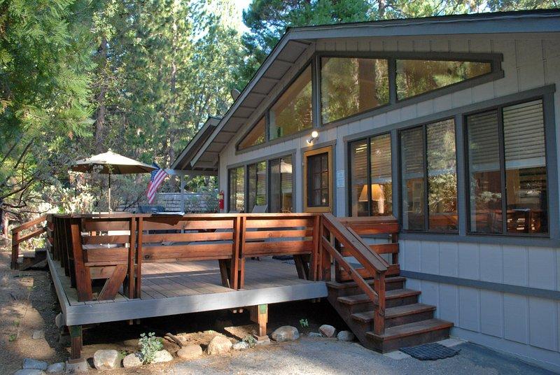 Front entrance of cabin - (23A) Big Cedar - Wawona - rentals