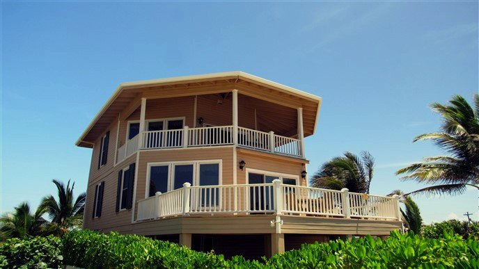 View from the Sea - Second Wind Beach House - Luxury Home on the Ocean - Utila - rentals
