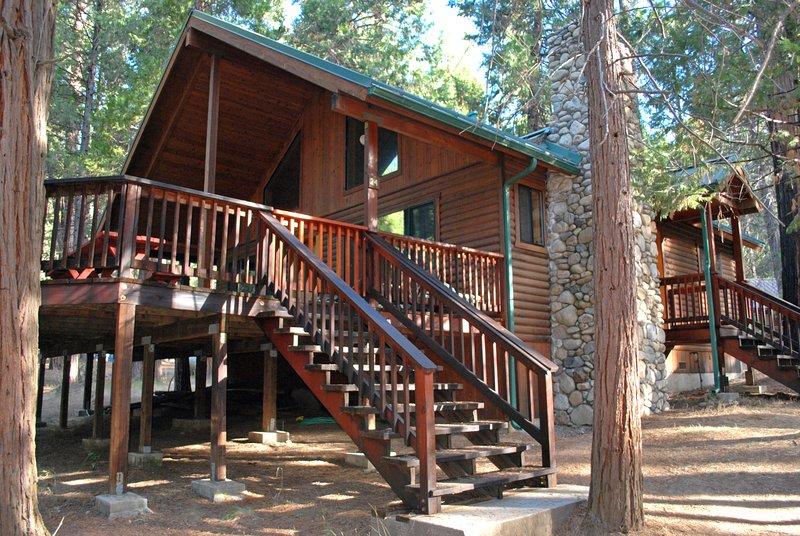Front of cabin - (24) Wawona Cabin - Wawona - rentals