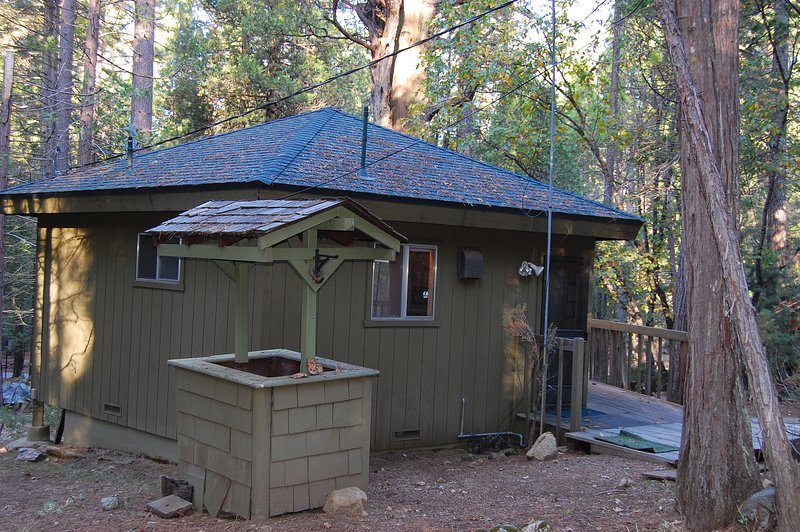 Front entrance - (4S) Forest Nest - Wawona - rentals