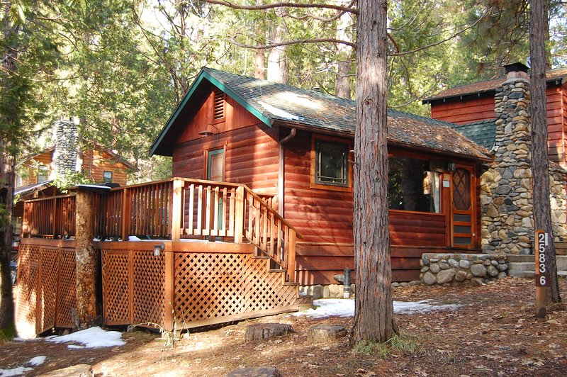 Front view of cabin with side deck - (6) Squirrel's Nest - Wawona - rentals
