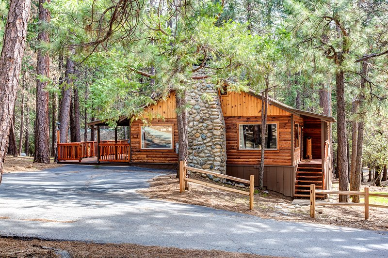 Welcome To Our Cabin! - (74) Our Yosemite Getaway - Wawona - rentals