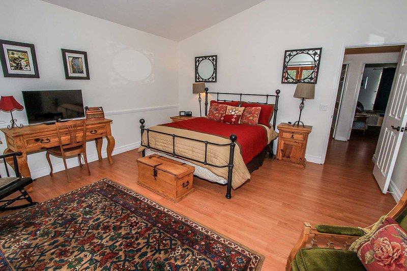 1322-Evergreen Escape - Image 1 - Big Bear Lake - rentals