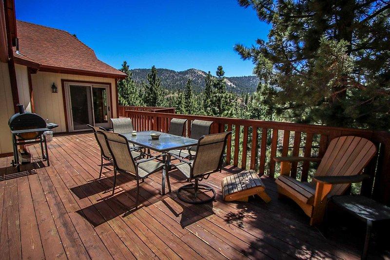 Stonehaven~Incredible Moonridge Home~Media Room~Pool Table~Spa~Gourmet Kitchen~ - Image 1 - Big Bear Lake - rentals