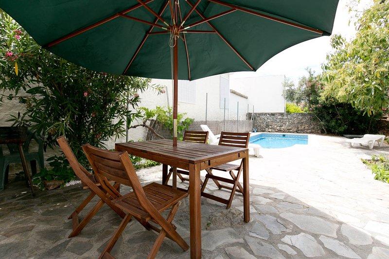 Lovely house, pool, WiFi, nr Granada, beach, hills - Image 1 - Granada - rentals