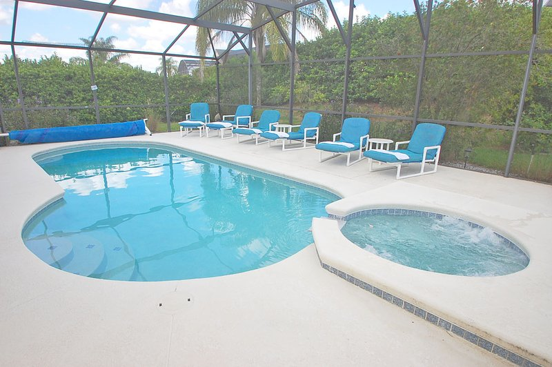 Pool and jacuzzi - 214MD - Kern Acres - Davenport - rentals