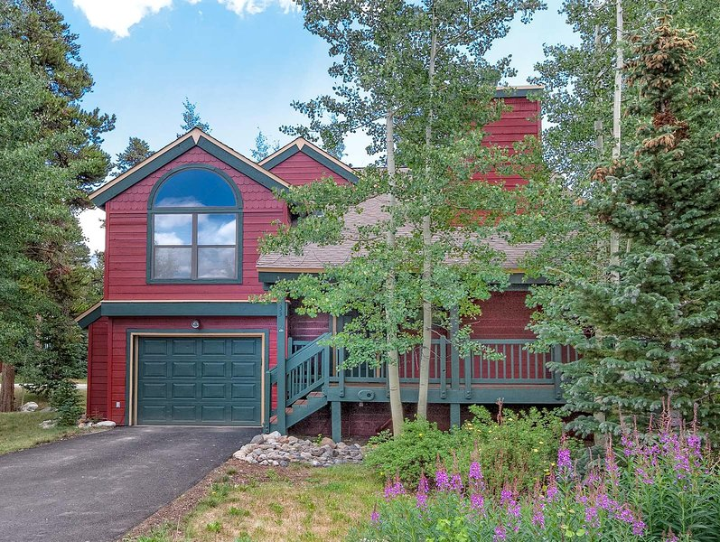 Three-Bedroom Breckenridge Vacation Rental - Powder Ridge Chalet - Breckenridge - rentals