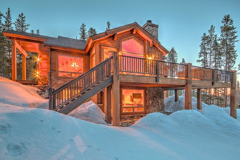 Exterior at Twilight - Morning View Lodge - Breckenridge - rentals