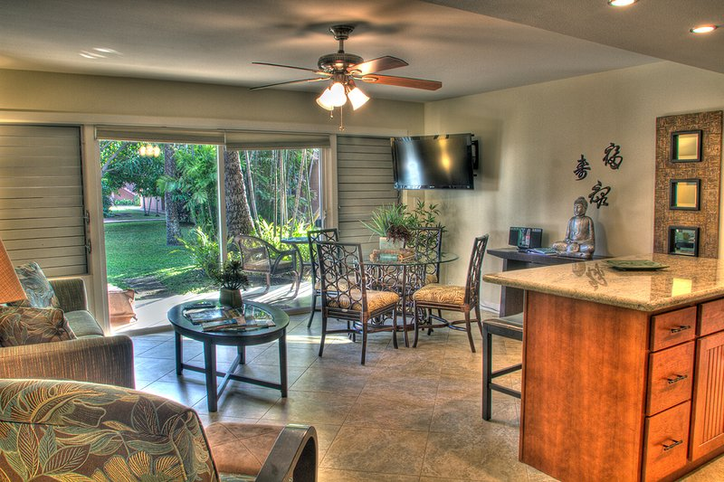 Beautifully remodeled interior space for your enjoyment! - Zen Hale - Ka'anapali - rentals