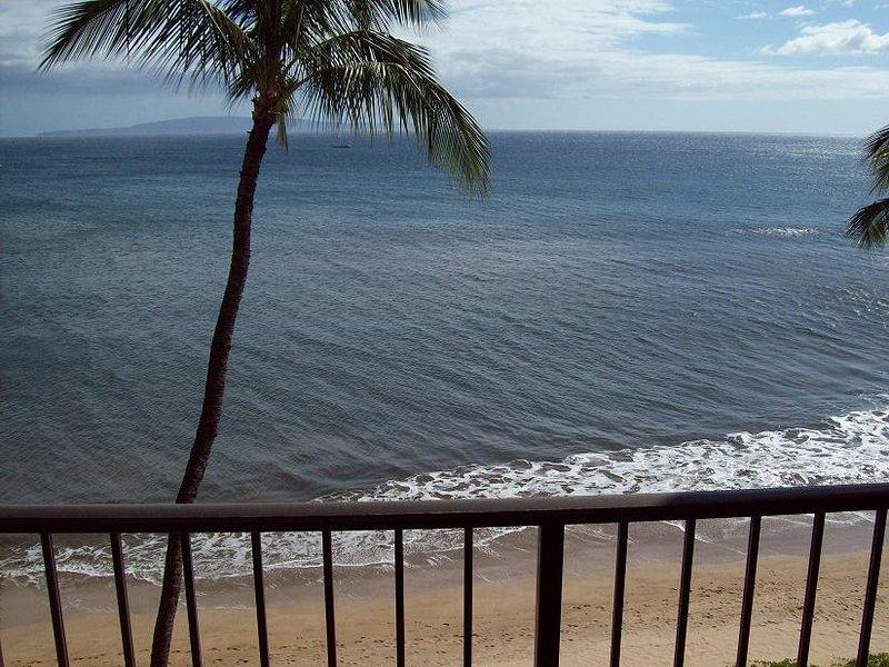 Sugar Beach Resort  2 Bedroom Ocean Front PENTHOUSE 35 - Image 1 - Kihei - rentals