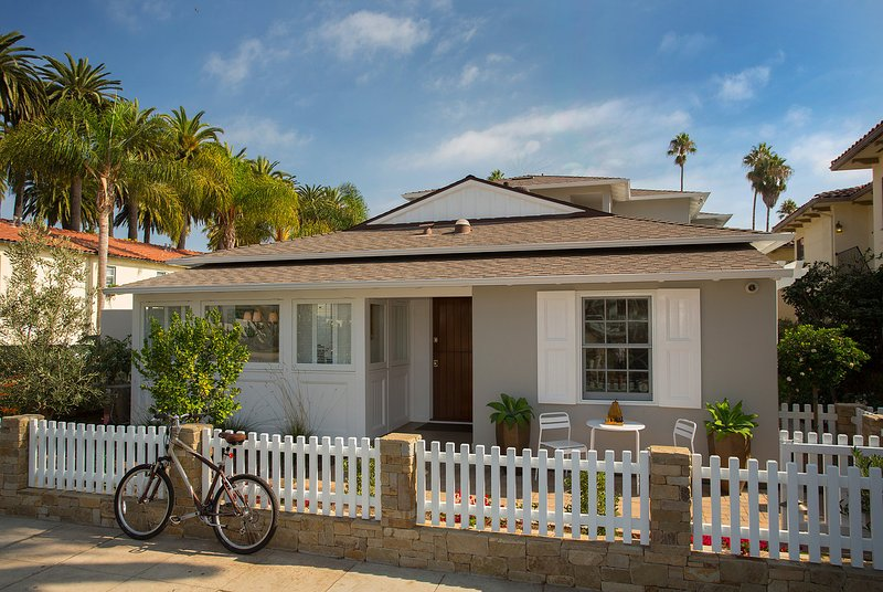 Cottage style perfection just steps from the beach - The Cottage at West Beach - Santa Barbara - rentals