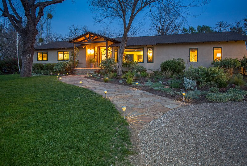 A great location near the town of Los Olivos - Los Olivos Wine Retreat - Los Olivos - rentals
