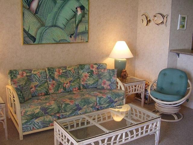 Sugar Beach Resort 1 Bedroom Ocean Front Penthouse 26 - Image 1 - Kihei - rentals