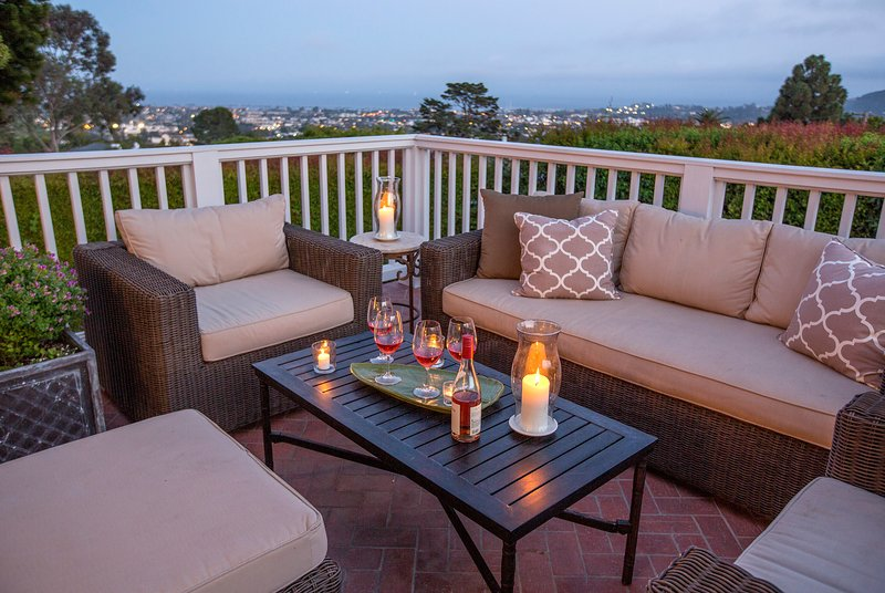 Ocean View deck overlooks city lights - Maison Blanche - Santa Barbara - rentals
