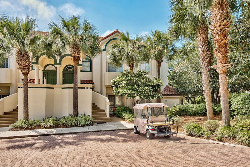 Great Location in Sandestin - Golf Cart Option. - Tivoli - Beautiful 4/4 - Golf Cart Opt.  Pool/Golf Course View. - Miramar Beach - rentals