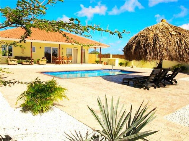 Kunuku Villa - Image 1 - Oranjestad - rentals