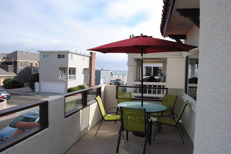 Balcony & View - 111 B 35th Street - Newport Beach - rentals