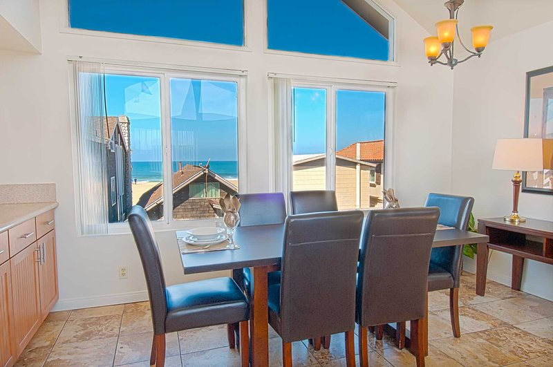 Dining Area showing view to the beach - 107 B 33rd Street - Newport Beach - rentals