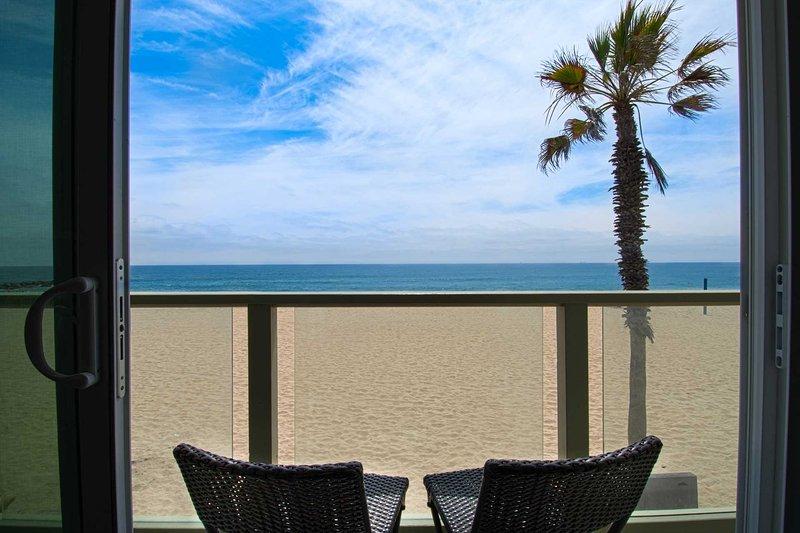 Balcony view to the beach - 4109 B Seashore - Newport Beach - rentals