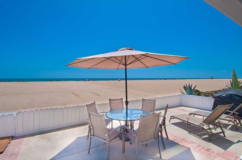 Patio & View - 5707 A Seashore - Newport Beach - rentals