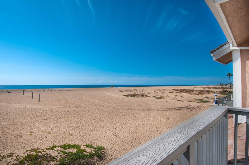 Balcony showing view to the beach - 408 B E. Oceanfront - Newport Beach - rentals